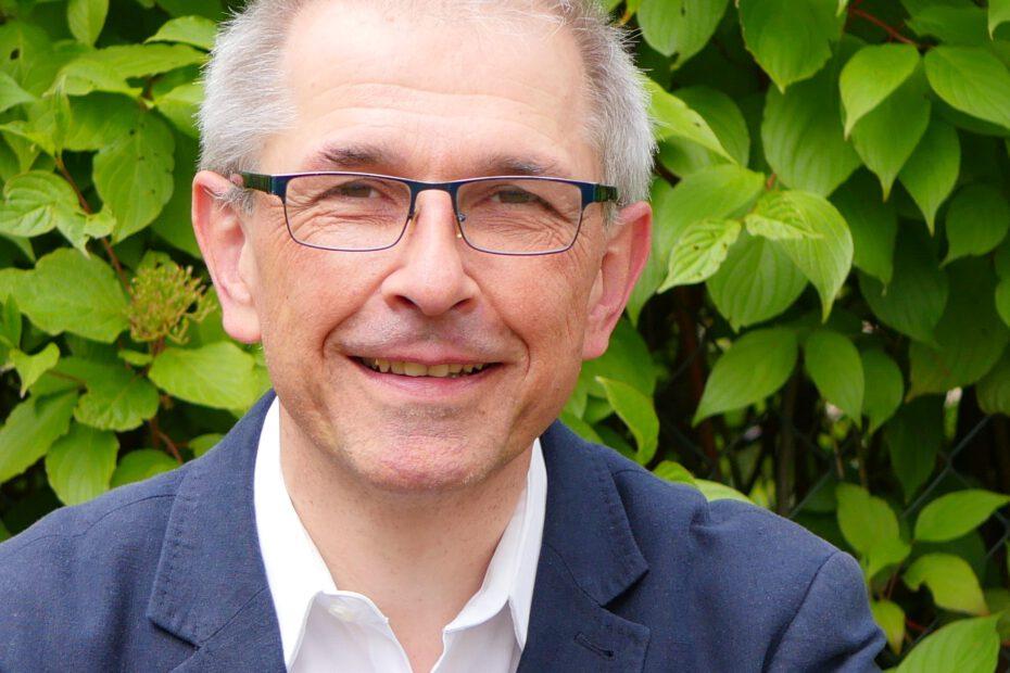 Matthias Weber, Pfarer in Dossenheim bezieht Ökostrom